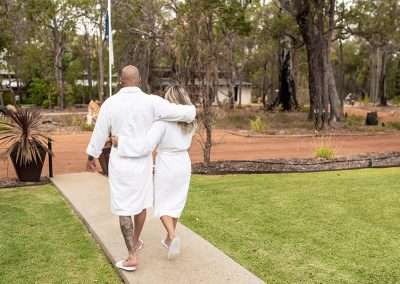 amaroo-retreat-spa-bathrobes